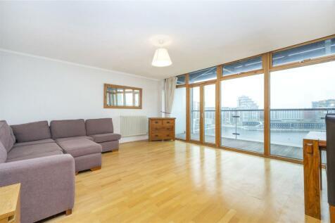 Western Beach Apartments, Hanover Avenue, E16. 2 bedroom flat