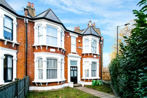 Meynell Road, London, E9. 5 bedroom end of terrace house for sale