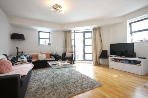 Junction House, 16 Jutland Street, Piccadilly. 3 bedroom apartment