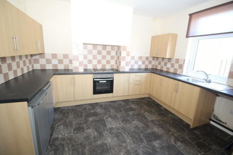 Greenbank Road, Altofts, Altofts, West Yorkshire. 2 bedroom terraced house