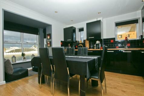 Magdalen House, London, E16. 2 bedroom apartment