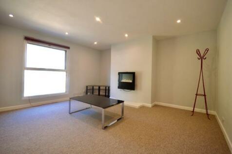 Thorpe Road, NR1 1TR. 3 bedroom apartment