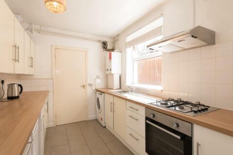 Sherwood Street, Wolverhampton. 1 bedroom terraced house