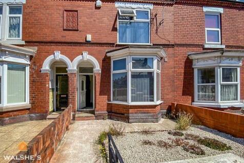 Ravensworth Road, Doncaster. 5 bedroom terraced house for sale