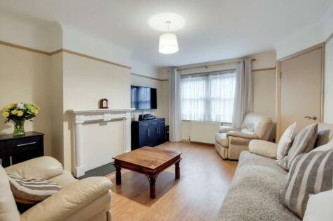 Meridian Road, Charlton, London, SE7. 3 bedroom end of terrace house for sale