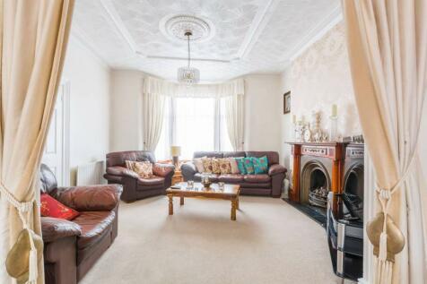 Hazelbank Road, Catford, London, SE6. 3 bedroom house for sale