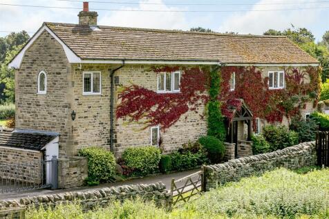 Wood End, Sheffield, S35 8RR. 4 bedroom detached house