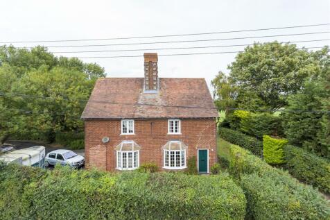 Shipley Hills Road, Meopham, Gravesend. 4 bedroom detached house for sale