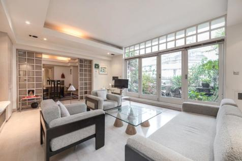 Market House, 12 Parker Street, London, WC2B. 3 bedroom flat for sale