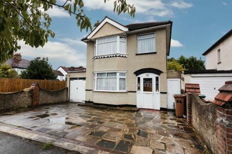 Erskine Road, Sutton, Surrey, SM1. 3 bedroom detached house for sale