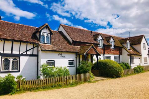 Purwell Lane, Hitchin, SG4. 5 bedroom cottage