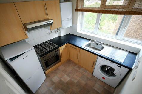 Norbiton Avenue, Kingston upon Thames. 2 bedroom flat