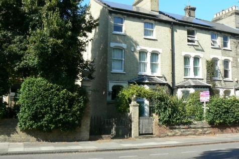 17 Newmarket Road, Cambridge City. 1 bedroom house share