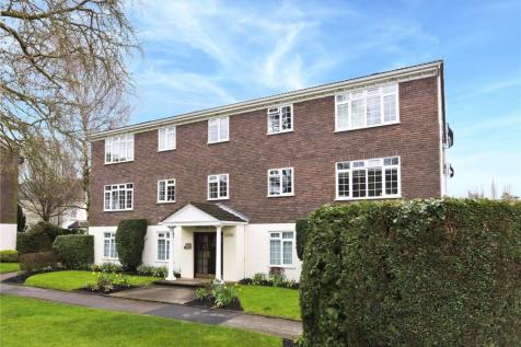 Hillcrest Court, Hillcrest, Weybridge, Surrey, KT13. 1 bedroom flat