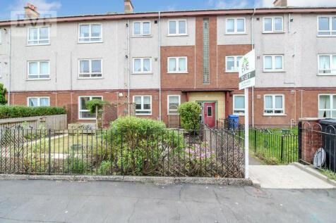 Bedford Avenue, Clydebank. 2 bedroom ground floor flat