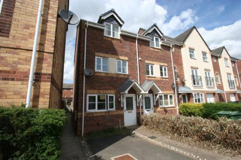 Goods Yard Close, Loughborough, LE11. 4 bedroom town house