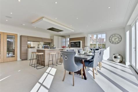 St. Georges Road, Weybridge, Surrey, KT13. 7 bedroom detached house for sale