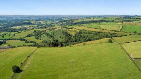 Llanfynydd, Carmarthenshire, Sir Gaerfyrddin. Land for sale
