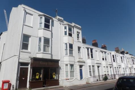 St Georges Road, Brighton. 2 bedroom flat
