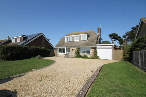 Galley Lane, Brighstone. 4 bedroom chalet