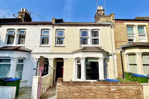 Nithdale Road, Shooters Hill, London, SE18. 3 bedroom terraced house
