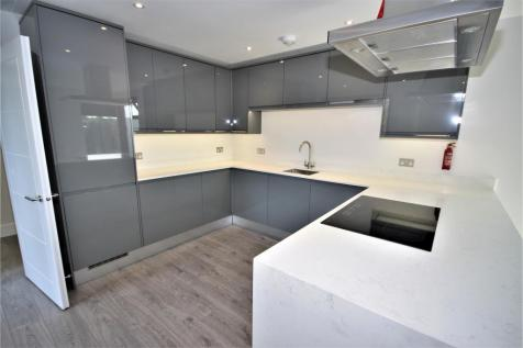 Gervase Street, London, SE15 2GE. 2 bedroom flat