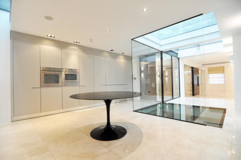 Wilton Place, Knightsbridge, London SW1X. Terraced house for sale