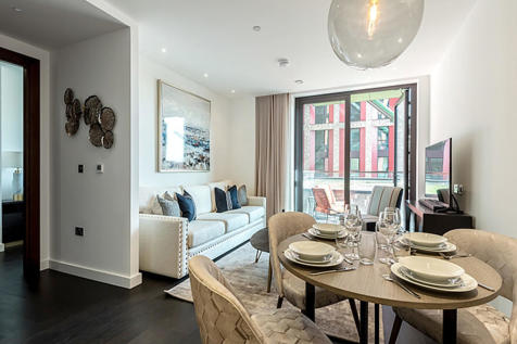 Charles Clowes Walk, Nine Elms, London SW11. 1 bedroom apartment