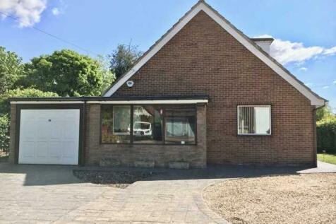 Church Street, Kirkby in Ashfield. 4 bedroom bungalow