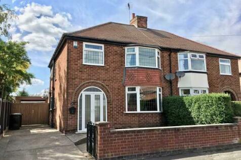 Shelford Avenue, Kirkby in Ashfield. 3 bedroom semi-detached house