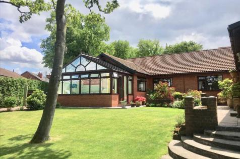 Vicarage Way, Annesley. 3 bedroom bungalow for sale