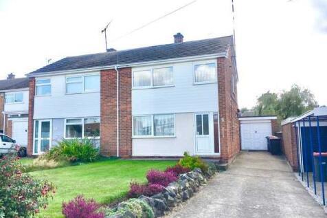 Longhill Rise, Kirkby in Ashfield. 3 bedroom semi-detached house for sale