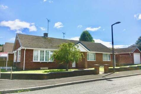 Westminster Avenue, Kirkby in Ashfield. 3 bedroom bungalow for sale