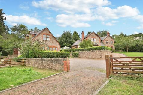 Mitchel Troy Common, Monmouth. 5 bedroom detached house