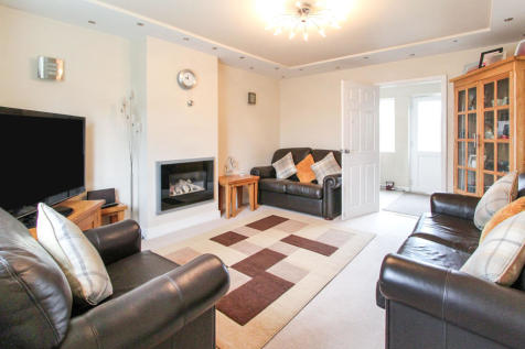 Brook Crescent, Monmouth. 3 bedroom semi-detached house