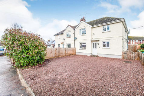 Rockfield Avenue, Monmouth. 3 bedroom semi-detached house