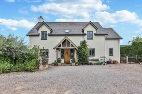 Maypole, St. Maughans, Monmouth. 4 bedroom detached house
