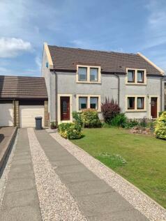 Craiglomond Gardens, Balloch. 2 bedroom semi-detached house