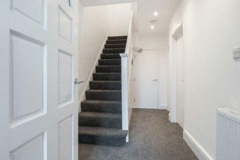 Staple Hill Road, Fishponds, Bristol, BS16. 4 bedroom terraced house