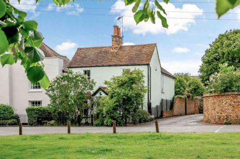 The Green, Writtle. 3 bedroom detached house