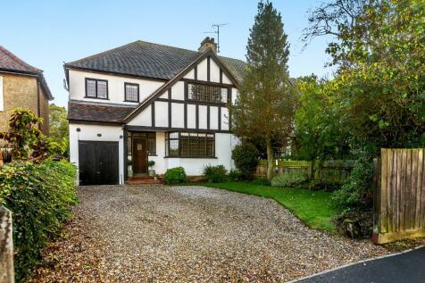 Longstomps Avenue, Chelmsford. 4 bedroom semi-detached house