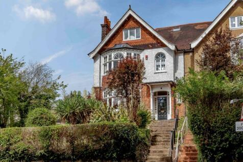 Weald Road, Brentwood. 5 bedroom semi-detached house