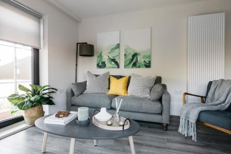 90 Grain Store, Spring Wharf, Bath, Somerset, BA2. 2 bedroom apartment