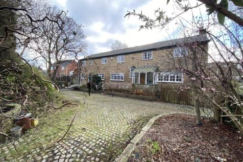 2A Beaverhill Road, Sheffield , S13 7UB. 4 bedroom barn conversion