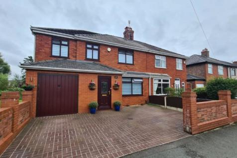 Egerton Avenue, Warrington. 3 bedroom semi-detached house