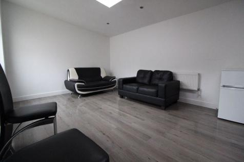 Brand New 1 Bed Ground Floor Apartment £1125. 1 bedroom apartment