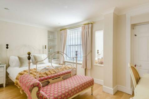 Upper Montagu Street, Marylebone, London, W1H. 2 bedroom flat