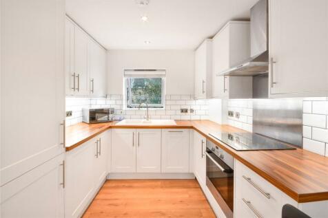 Spencer Mews, London, SW8. 2 bedroom flat for sale