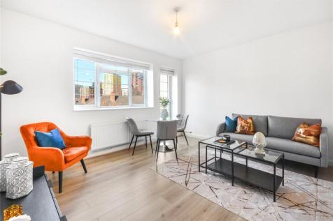 Wilbraham House, Wandsworth Road, London, SW8. 2 bedroom flat