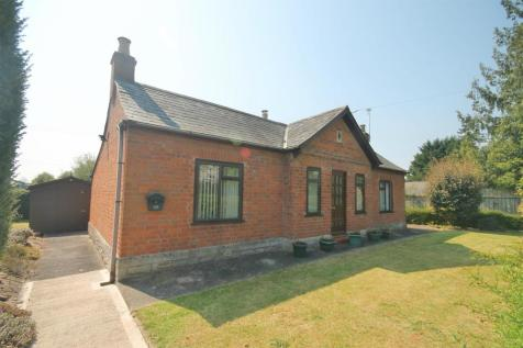 Ledbury Road Crescent, Staunton, Gloucester. 2 bedroom detached bungalow for sale
